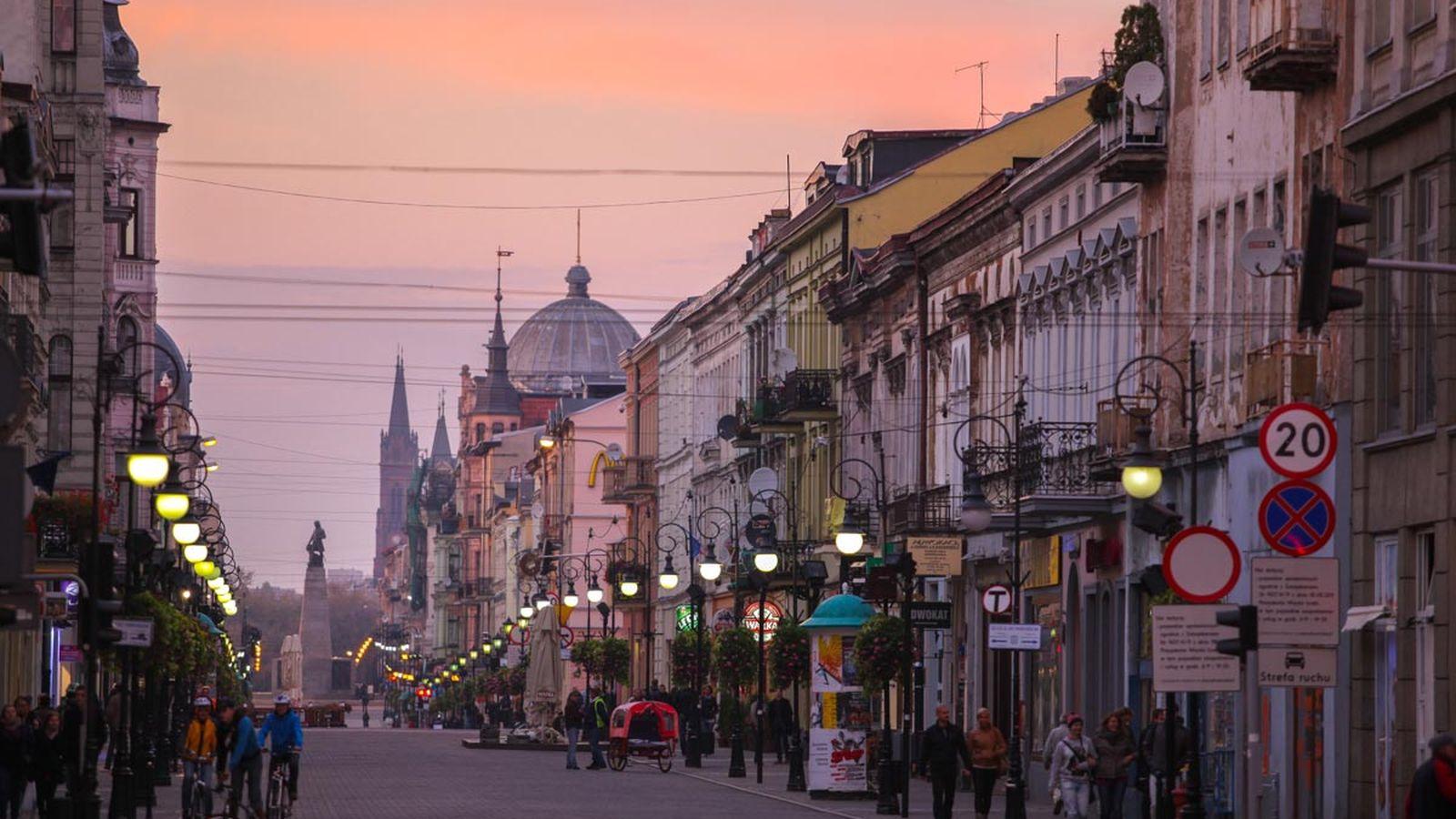 סיור מודרך כולל ללודג – עיר התיירות מס 2 בעולם!